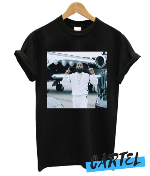Nipsey Hussle Racks In The Middle Tee awesome T-shirt