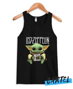 Baby Yoda hug Led-Zeppelin Tank Top